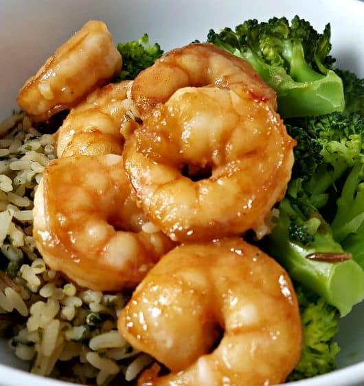 Honey Garlic Shrimp Recipe - quick and easy, ready in 20 minutes!