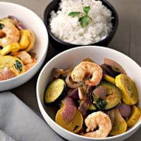 Low-Carb Skillet Garlic Zucchini Shrimp Recipe