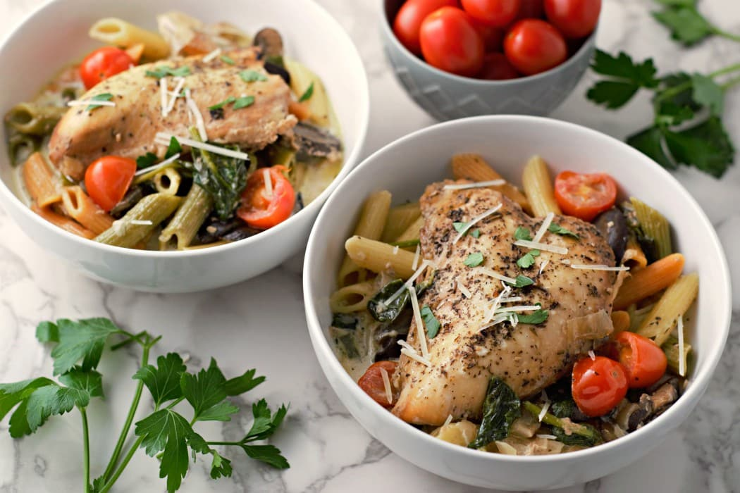 Slow Cooker Garlic Tuscan Chicken and Penne