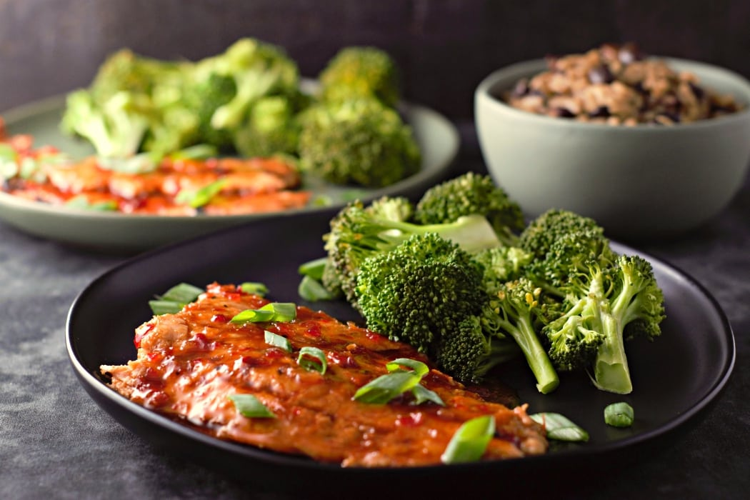 Grilled Salmon with Thai Sweet Chili Glaze