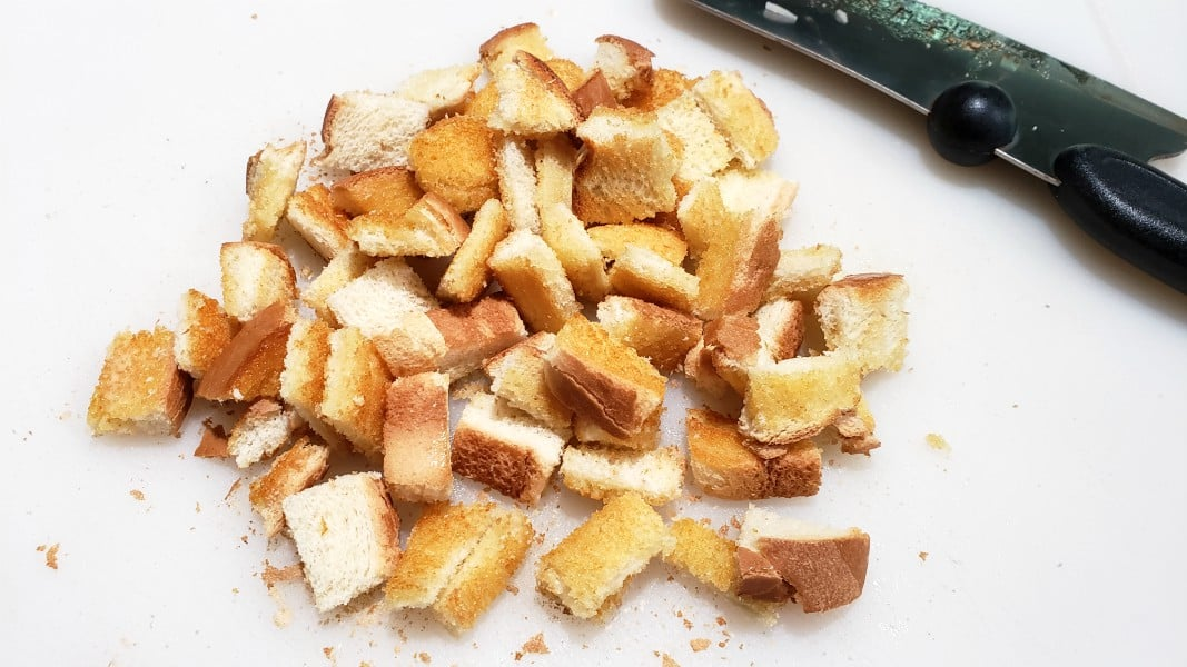 toasted bread cut into cubes