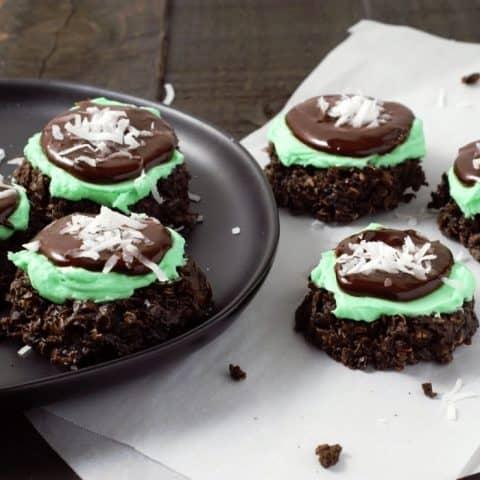 Mint Chocolate No-bake Cookies