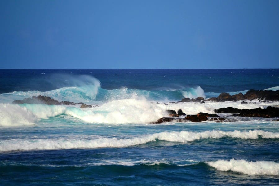 giant waves crashing at Ho'okipa Beach Park
