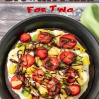 fruity brownie pizza for two